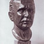 Il busto di Cobolli, opera dell'ex allievo Carlo Sbisà, dono del Comitato Ex Allievi in occasione del cinquantenario del ricreatorio.